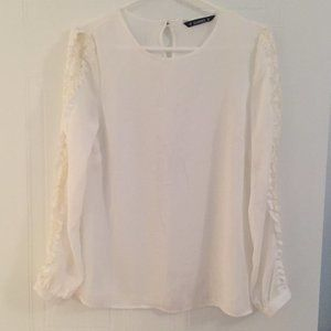 Dunnes Ivory White Blouse with Laced Sleeves